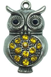 1 x uil hanger  met strass steentjes 38 mm oogje 2 mm geel