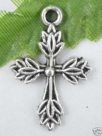 4 x Tibetaans zilveren kruisje 25,5 x 17 x 2mm zilver gat 2,5mm