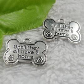 2 x Tibetaans zilveren bedeltje Until they all have a home, bot met hondenpoot : 25 x19mm oogje: 2,5mm