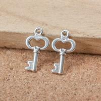10 stuks Tibetaans zilveren sleutels 9 x 16 x 2mm gat 1,5mm
