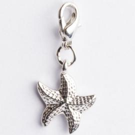 Be Charmed zeester bedel met karabijnsluiting zilver met een rhodium laag (nikkelvrij)