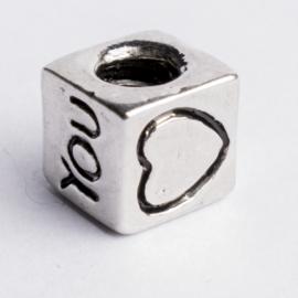 Be Charmed kraal hartje zilver met een rhodium laag (nikkelvrij) c.a.8x 8mm groot gat: 4mm