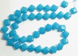 10 stuks prachtige vierkante kralen van melkglas 10 x 10 x 5mm Aqua