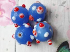 10x lichtblauwe glaskraal met dots  11 x 13 mm gat: 2 mm