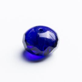 10 x Briolette glas 8 x 10mm kleur: blauw gat: 1mm