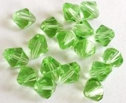 10 Stuks Glaskraal facet konisch peridot-groen 6 mm