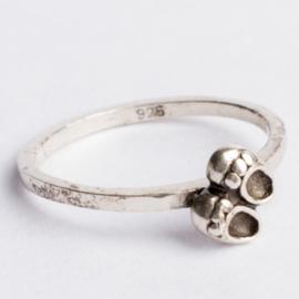 925 zilveren ring zilver Charmins c.a.26x 7mm ; Ø17mm ringmaat 54