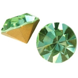 2 x Preciosa SS 29 puntsteen (6.2mm) Crysolite green