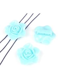 2 x  Resin verdelers bloem ± 33x14mm met 3 gaatjes (gat ± 2mm) licht blauw