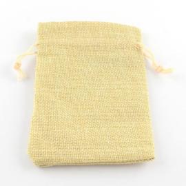 Cadeauzakje van Jute c.a. 18 x 13cm LemonChiffon
