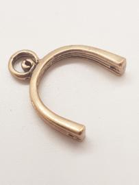 2 x Metalen bails  22,5 x 17mm gaten zijkant 1mm