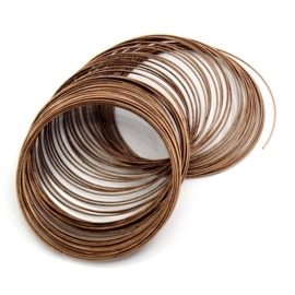 Memory Wire voor kettingen rood koper kleur 10 wendingen 1mm dik, diameter 11,5cm