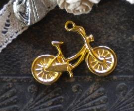 10x Tibetaans zilveren bedel van een oma fiets 18 x 26mm goud kleur