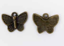10x Geelkoperen bedel van een vlinder 13 mm x 16,4 mm