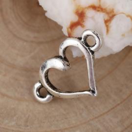 4 x Tibetaans zilveren tussenzetsel van een hartje 15 x 9mm oogje 1,1mm