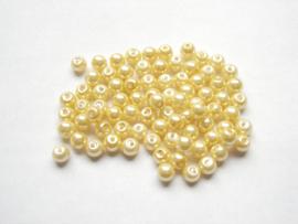 80 x prachtige glasparels 6mm Gat: 1mmkleur:  zacht geel