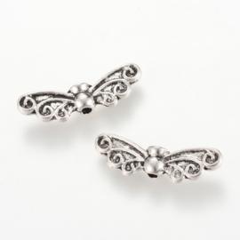 10 stuks Tibetaans zilveren vleugeltjes  7 x 22x 4mm, gat: 1,5mm