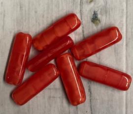 10 Stuks langwerpige rode glaskralen 17mm gat 1mm