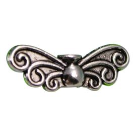 10 x  tibetaans zilveren vlinder vleugel 6 x 22 x 4mm oogje: 1mm