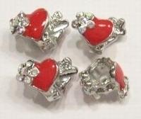 Per stuk Metalen European Jewelry kraal met rood epoxy hartje 17 mm