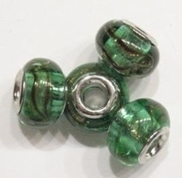 Per stuk Glaskraal European-style transparant groen met werkje 15 mm