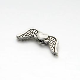 10 x tibetaans zilveren vleugeltjes  20 x 7 x3 mm gat: 1mm