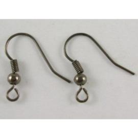 1 paar gunmetal  donker zilver oorbellen haakjes