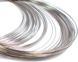 Memory Wire voor kettingen zilverkleur 10 wendingen 1mm dik, Ø  11,5cm