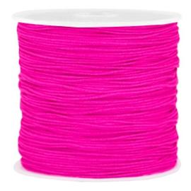 Rol met 90 meter Macramé draad 0.8mm Super pink (kies voor pakketpost)
