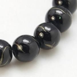 20 stuks zwarte glaskralen van 8 mm doorsnee.
