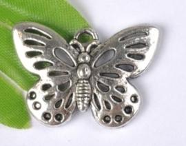 4 x Prachtige tibetaans zilveren bedel van een vlinder 17 x 25 x 3mm Gat: 2mm