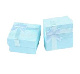 5 luxe cadeaudoosjes voor bijvoorbeeld ringen 41 x 41 x 26mm licht blauw