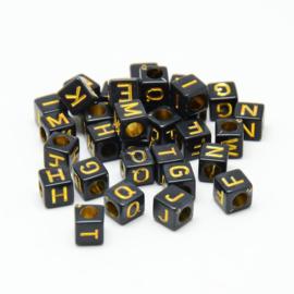 Letterkraal per stuk Acryl zwart vierkant 5,5 ~ 6mm, gat: 3,5mm gouden letters