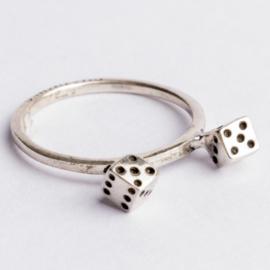 925 zilveren ring zilver Charmins c.a. 26x 7mm ; Ø17mm