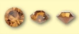 Doosje met 6 stuks Jewelry Stones (M.C. Chaton) 6mm Amber SS28