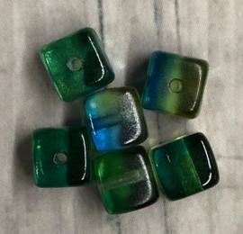 10 Stuks vierkante glaskralen blauw met groen 5mm gat 1mm