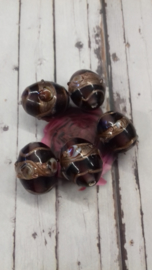 5x Prachtige weddingcake Glaskraal transparant paars bewerkt met goud 14 x 8mm