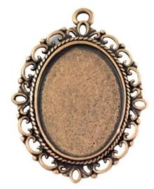Houder R:  Prachtige Camée of Cabochon houder rood koper kleur. Binnenzijde: 18 x 25mm oogje 2mm