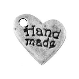 10 x Antiek Zilver bedel hartje met tekst handmade ca 10 mm