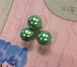 25 x  groene parelmoer glaskralen 10 mm gat 1 mm