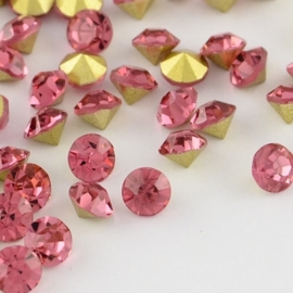 15 strass punt steentjes clear  SS16 4mm Back Plated, Diamond, Rose