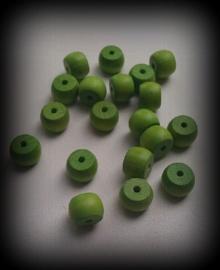 10 Stuks houten kraal fel groen 9 x 12 mm