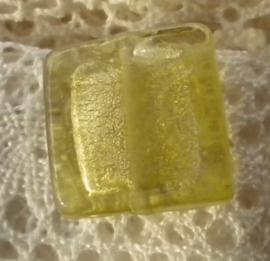 Zilver folie glaskraal vierkant 18 x 5,5mm goud geel
