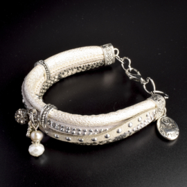 Prachtige armband, verstelbaar met metalen elementen bedel follow your heart