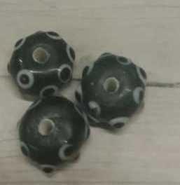 10 Stuks zwarte glaskralen met dots 8mm gat 2mm