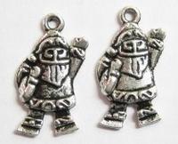 4 x  antiek zilveren metalen bedel Kerstman 23 mm