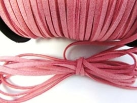 Faux suède veter,  oud roze 1 meter x 3mm