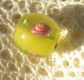 3 x Prachtige handgemaakte bloemkraal 12mm