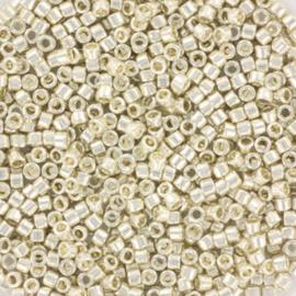 c.a. 5 gram Miyuki delica's 11/0 - galvanized silver