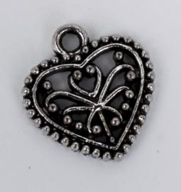 10 x tibetaans zilveren bedels van een hartje 14,5 mm x 15,9 mm